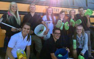 Timothy Christian School students carwash